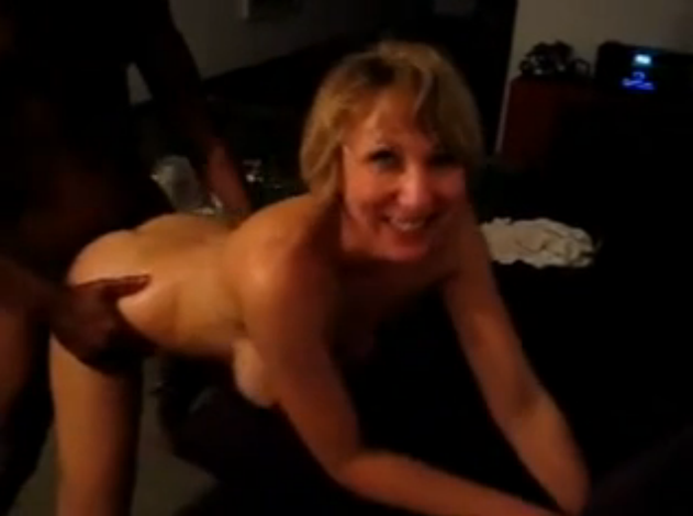 Hairy mature porn video