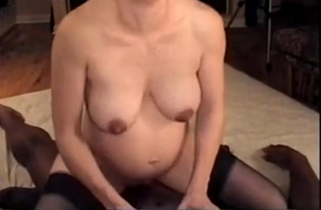 Belle salope chevauche ma bite - Sexe amateur - sexetagcom