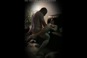 L'époux me demande de baiser sa grosse femme