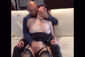 Une française mature est offerte à un inconnu